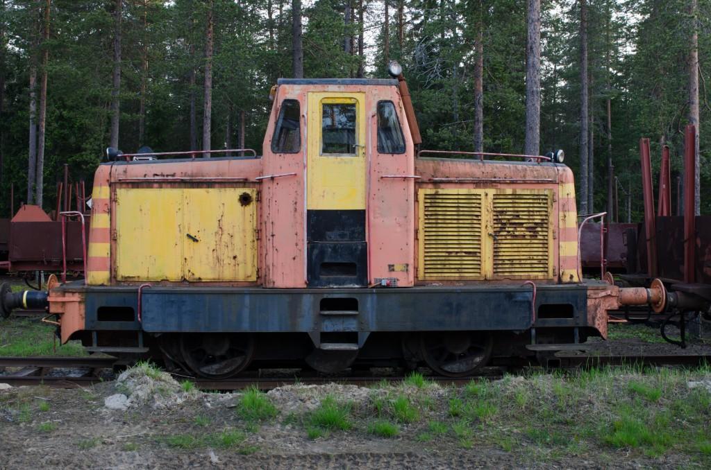 """Järnvägsmuseet i Karlsvik, Luleå. Fantastiskt fint om man gillar gamla mekaniska grejor. En av skådespelarna till Pixars nästa film """"Tåg"""". Så sött!"""