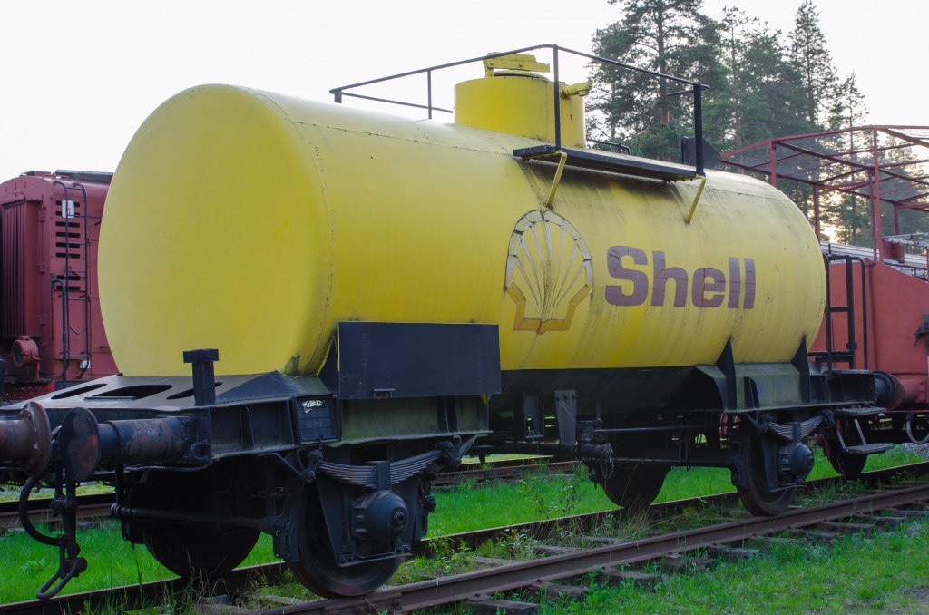 Järnvägsmuseet i Karlsvik, Luleå. Fantastiskt fint om man gillar gamla mekaniska grejor. Shellvagnar ser man inte längre...