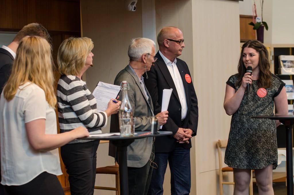 Mineralriket Luleå 2014 i Vetenskapens hus. Therese Sveitz, student Luleå, Frank Hojem, LKAB, Göran Nilsson Arbetsförmedlingen samt Sanna Dahlberg, Teknologkåren.