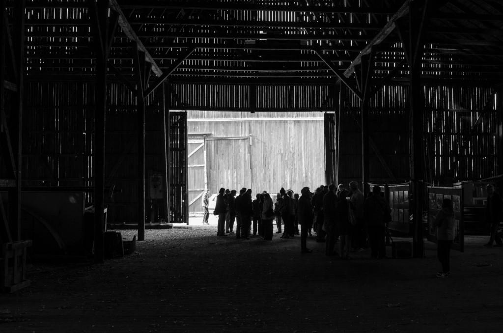 Fotoutställning med bilder från andra världskriget med Tyskmagasinen med omnejd i Karlsvik utanför Luleå. Lars Gyllenhaal invigningstalade.