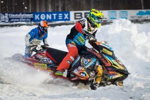 302 Viktor Herten Jakobstad Motorklubb. Lynx. 31 Emil Harr Gargnäs MK    Lynx. Final i Skotercross i Boden 2016