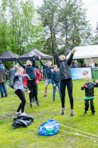 Luleå Pride 2016. Såpbubblor vinner alltid!