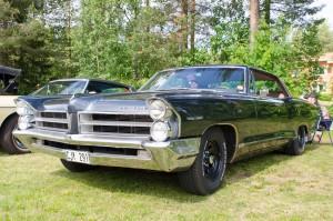 Almond Road Meet, Sävast. Pontiac med underbart snygg lack! 3 bilbarnstolar i baksätet var oväntat...