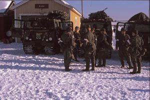 Dags för slutövning. Packning av bandvagnarna. Lite spänning fanns i luften.