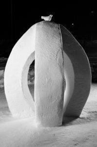 Snöskulpturer på snöskulpturfestival i Boden.
