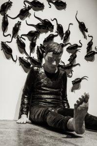 """""""Swirl"""" by Yasam Samazer, Havremagasinet. Utställningen METANOIA - Yasam Sasmazer."""