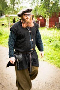 Medeltidsdagarna på Hägnan i Gammelstad. Trevligt med alla utklädda människor!