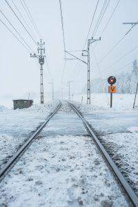 Järnvägen mellan Luleå och Boden i ett riktigt vinterlandskap.