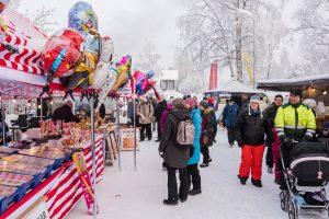 Ballonger med Svampbob fyrkant hör kanske inte hemma på en kvalitetsmarknad om det inte är för att blidka barnen...