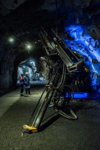 """Fascinerande miljö har nere i LKABs gruva, ändå är detta """"bara"""" besöksgruvan. Det är ju iof ett riktigt schakt men än mer kittlande är det nog där det """"är på riktigt""""."""