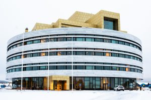 Kirunas nya stadshus, en fin samlingsplats för invånarna.
