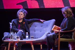 Kerstin Wixe frågas ut av Majgull Axelsson.