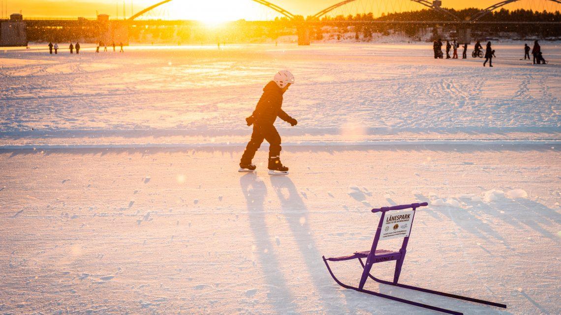 Promenad på Isvägen i Luleå