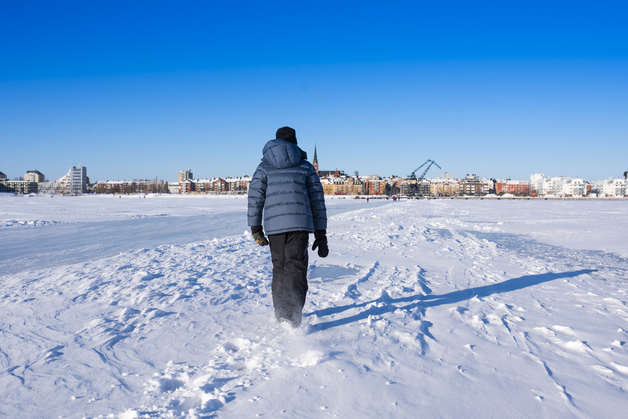 Promenad på isvägen i Luleå.
