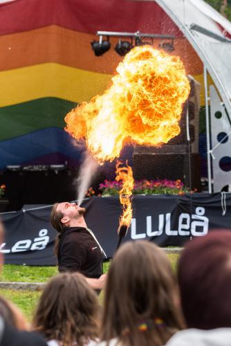 Rykande hett under priden. Luleå Pride 2018.