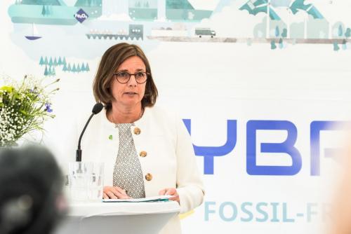 Isabella Lövin var en av invigningstalarna på Hybrit.