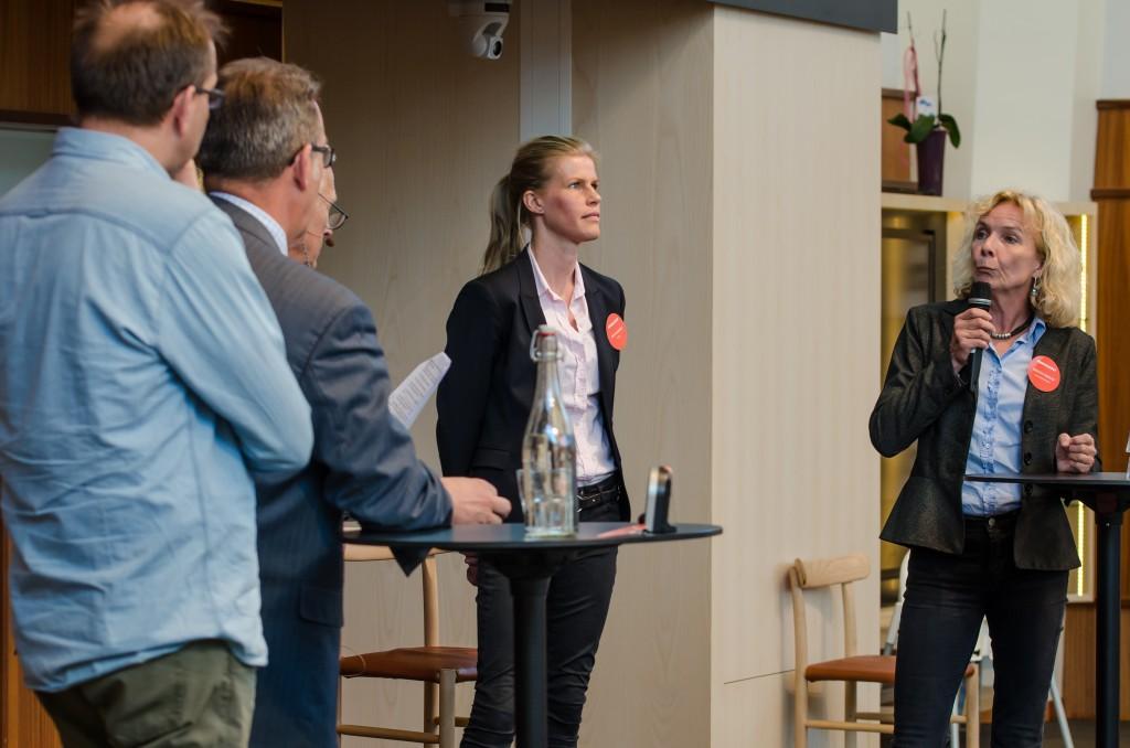 Mineralriket Luleå 2014 i Vetenskapens hus. Per-Erik Lindvall, LKAB, Patrik Söderholm, LTU, Kerstin Brinnen, SveMin samt Kerstin Cederlöf, Naturvårdsverket.
