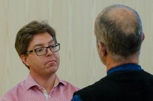 Peter Parnes besvarar frågor efter seminariet...