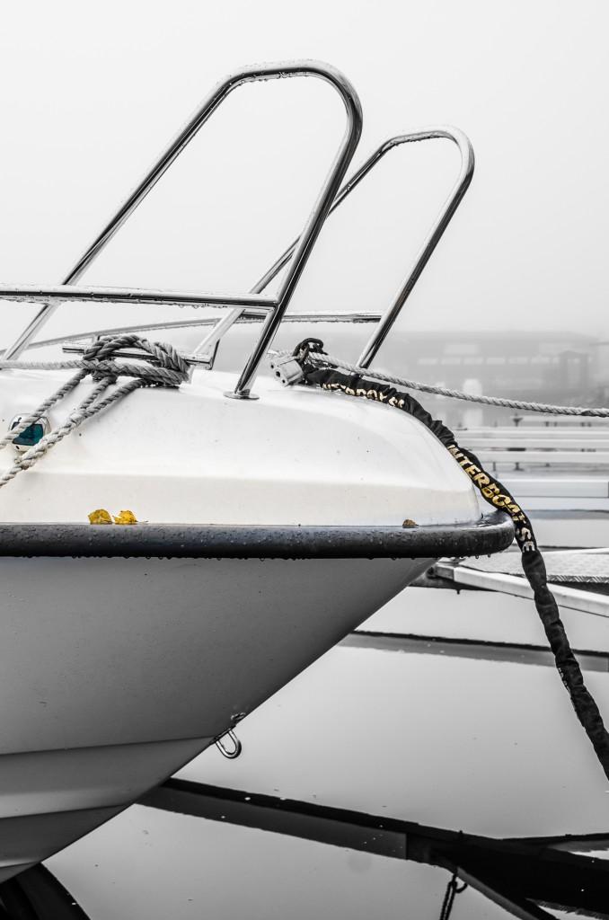 Några ensamma båtar i Södra hamn i Luleå.