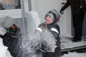 Snöbollskrig i Sävast.
