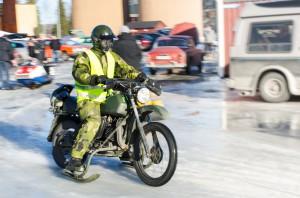 FMCK. Motorcykel med skidor, läckert!. Retro Café Boden.