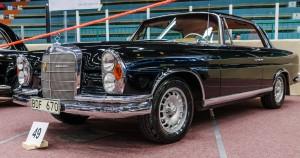 Fordon genom tiderna - Björknäshallen Boden. Mercedes Benz 220 SE b Coupé 1964. Lyx!