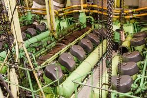 Stora maskiner. 5 000 hk per styck.