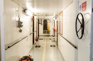 Från maskinrummet ut i korridoren, skillnad!