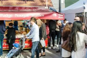 Internationella matmarknaden i Luleå.