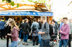 Internationella matmarknaden i Luleå. Känns inte som Luleå...