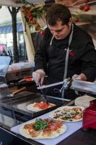 Internationella matmarknaden i Luleå. Pizza/macka på G.