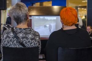 Många nackar fick man se under Bok och Bild 2015 i Luleå.