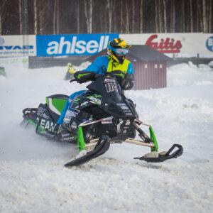 114 Alexander Berglund Bollnäs MK  Team Luvaracing Arctic Cat. Final i Skotercross i Boden 2016