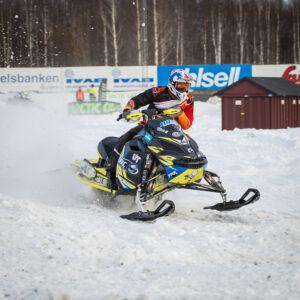 40 Oskar Norum Umeå AK  Motorbolaget Ski-Doo Sweden Ski-Doo. Final i Skotercross i Boden 2016