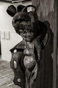 Havremagasinet. Utställningen CHITA TANN - Leah Gordon och Andre Eugene,fotografi och skulptur från Haiti.