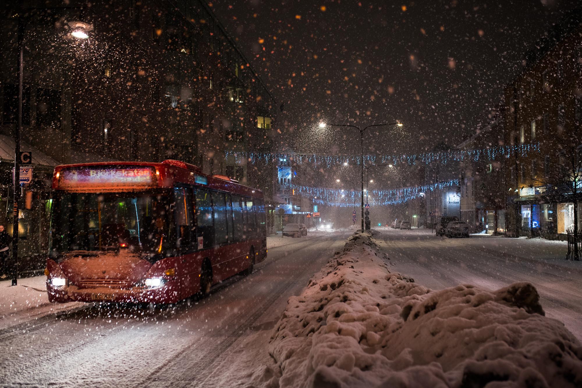 Nästintill ilsket snöfall i luleå