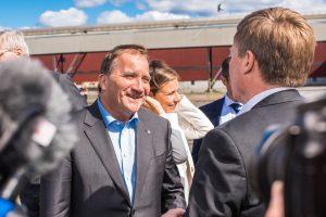 Statsminister Stefan Löfven på gång.