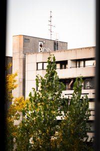 Utsikt från ett hotellrum. Känns Östtyskland direkt.