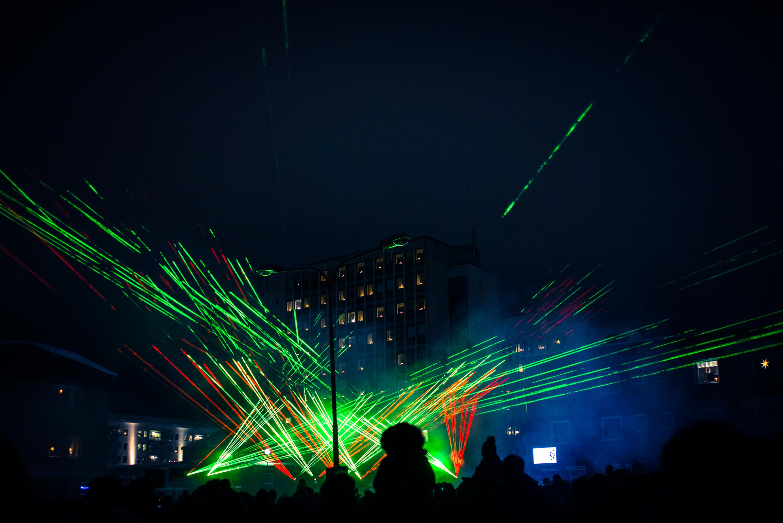 Lasershow i stället för fyrverkerier. Bodens kommun äger!