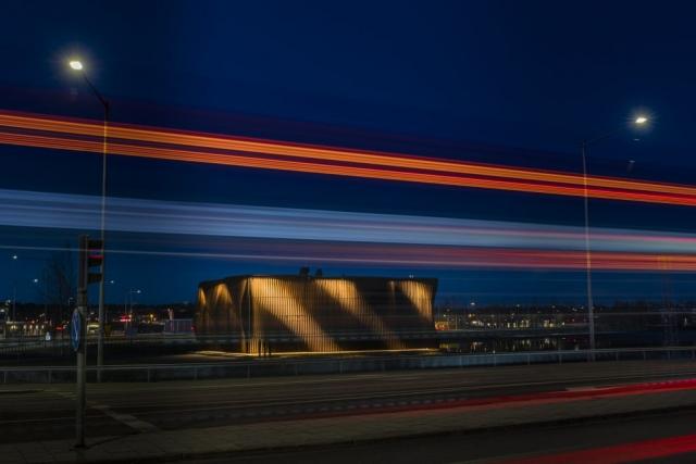 Pumphus för Galären, Luleå. Läcker ljussättning som rör sig under fasaden!
