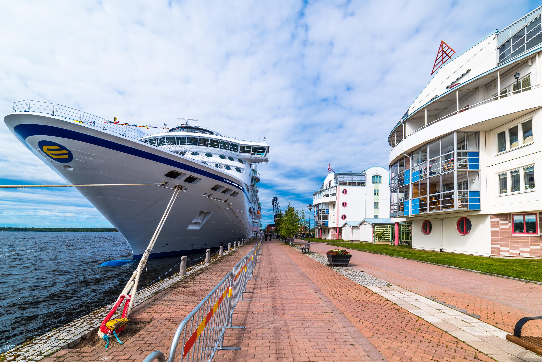 Birka Cruises. Södra hamn, Luleå.