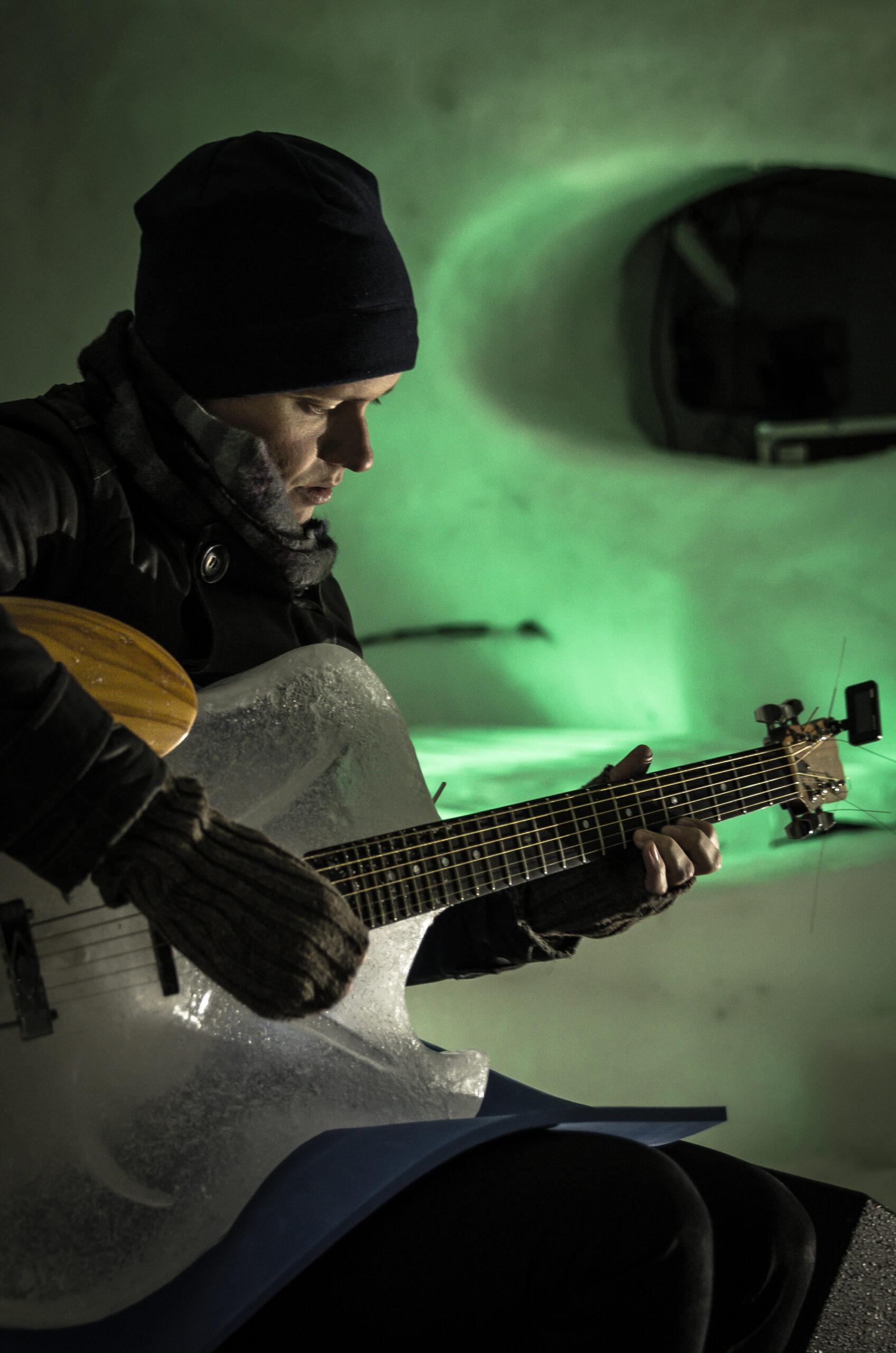 Gitarrist under Ice Music, Luleå