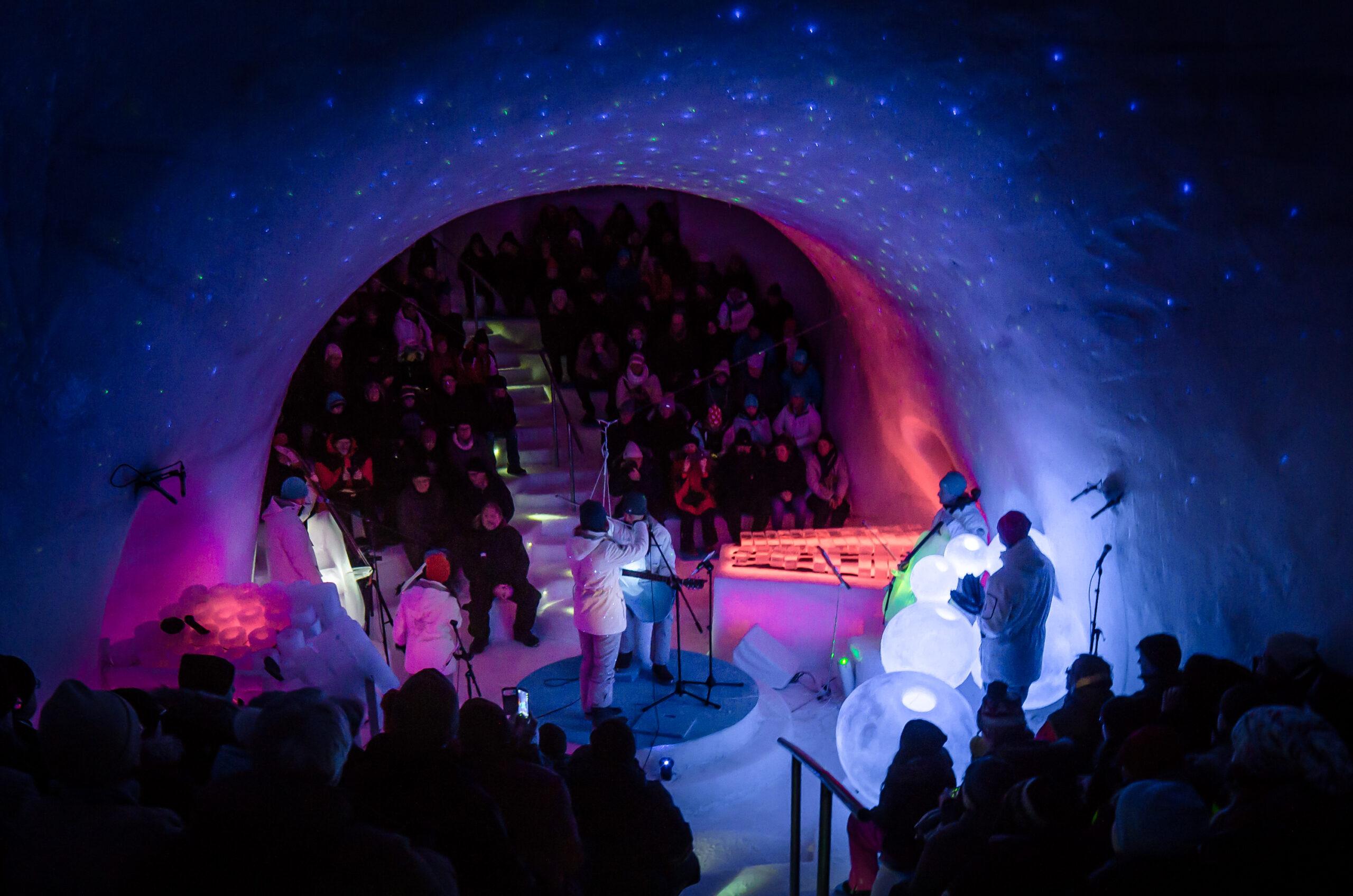Ice Music, en konsertsal helt i is!