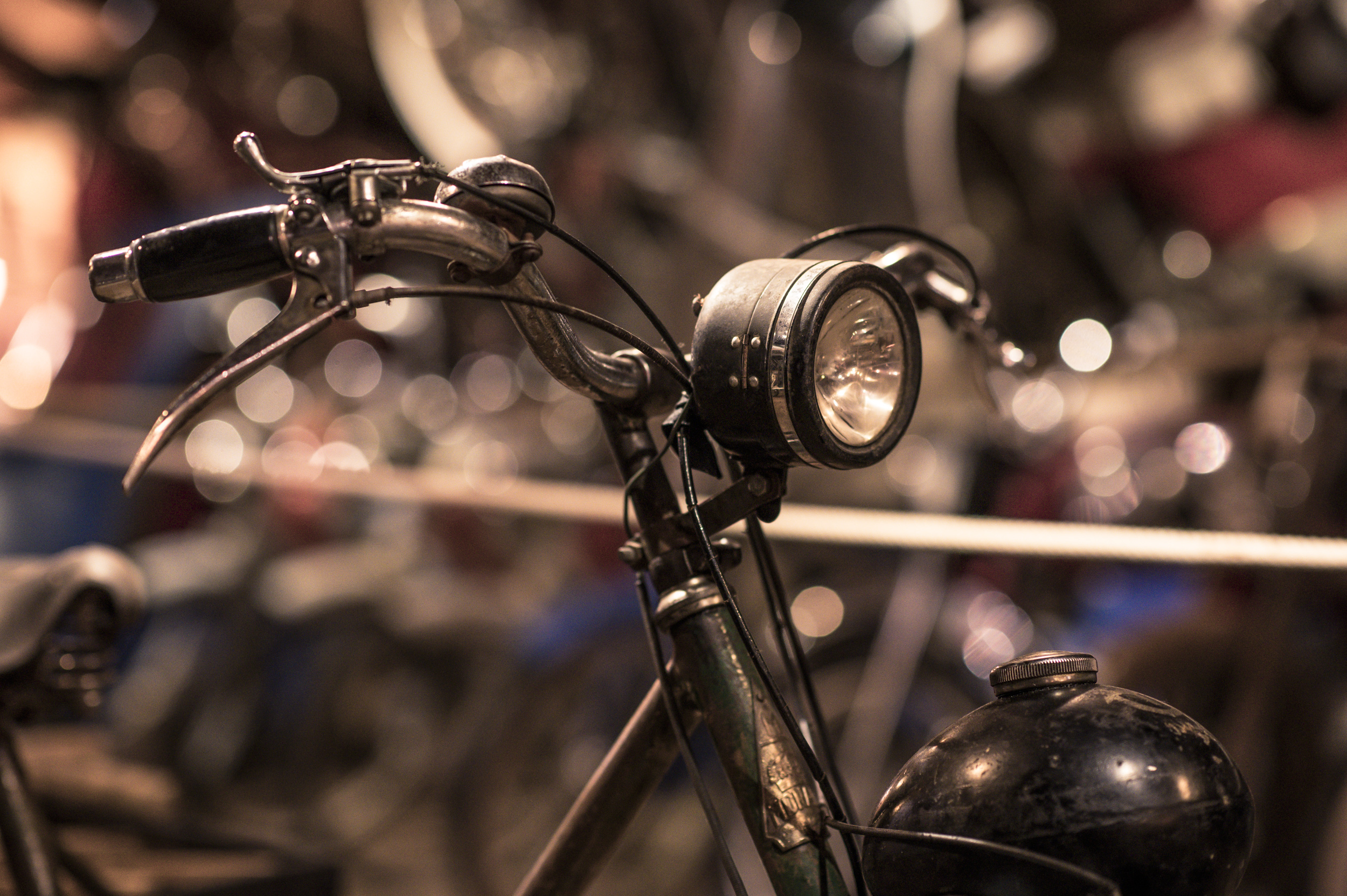 Cykel med framhjulsdrift. Motorn kommer på senare bild!
