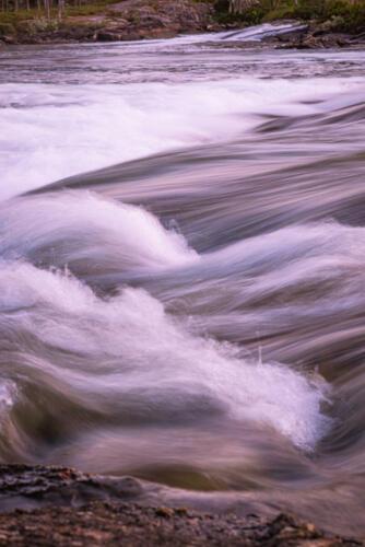 Trollforsarna. Strömmande vatten fanns det gott om!
