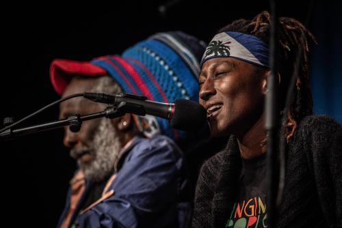 Sanba Zao och Adjamile Jah. Singing people together på Saga i Boden.
