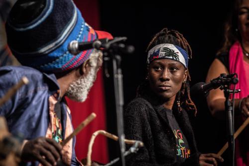 Adjamile Jah. Singing people together på Saga i Boden.