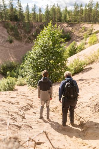 Marranäsvältan, Fällfors. En del vågar sig på att klättra. Garanterat bra träning.