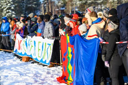 Många samlades på sjön för att bland annat höra Greta Thunberg. Jokkmokks marknad 2020.