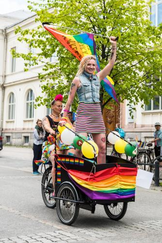 Är ju lite likt en härförare från romartiden? Luleå Pride 2018.